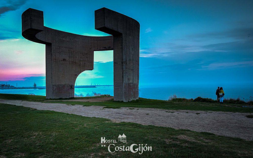 Elogio del horizonte, Gijón